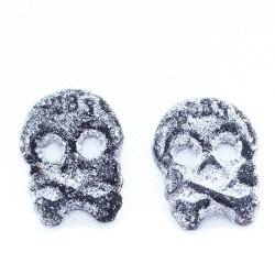 Salzige Totenköpfe